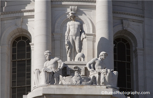 Picture of Wisconsin Capitol Statues